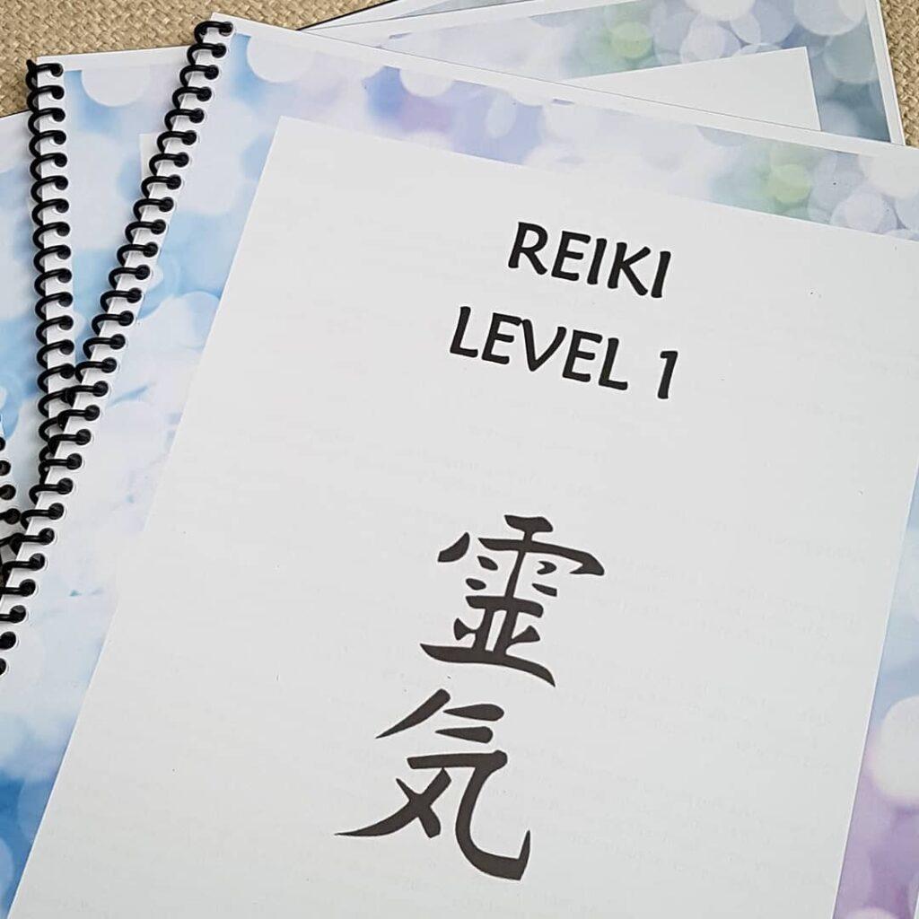 Reiki Course Student Manual